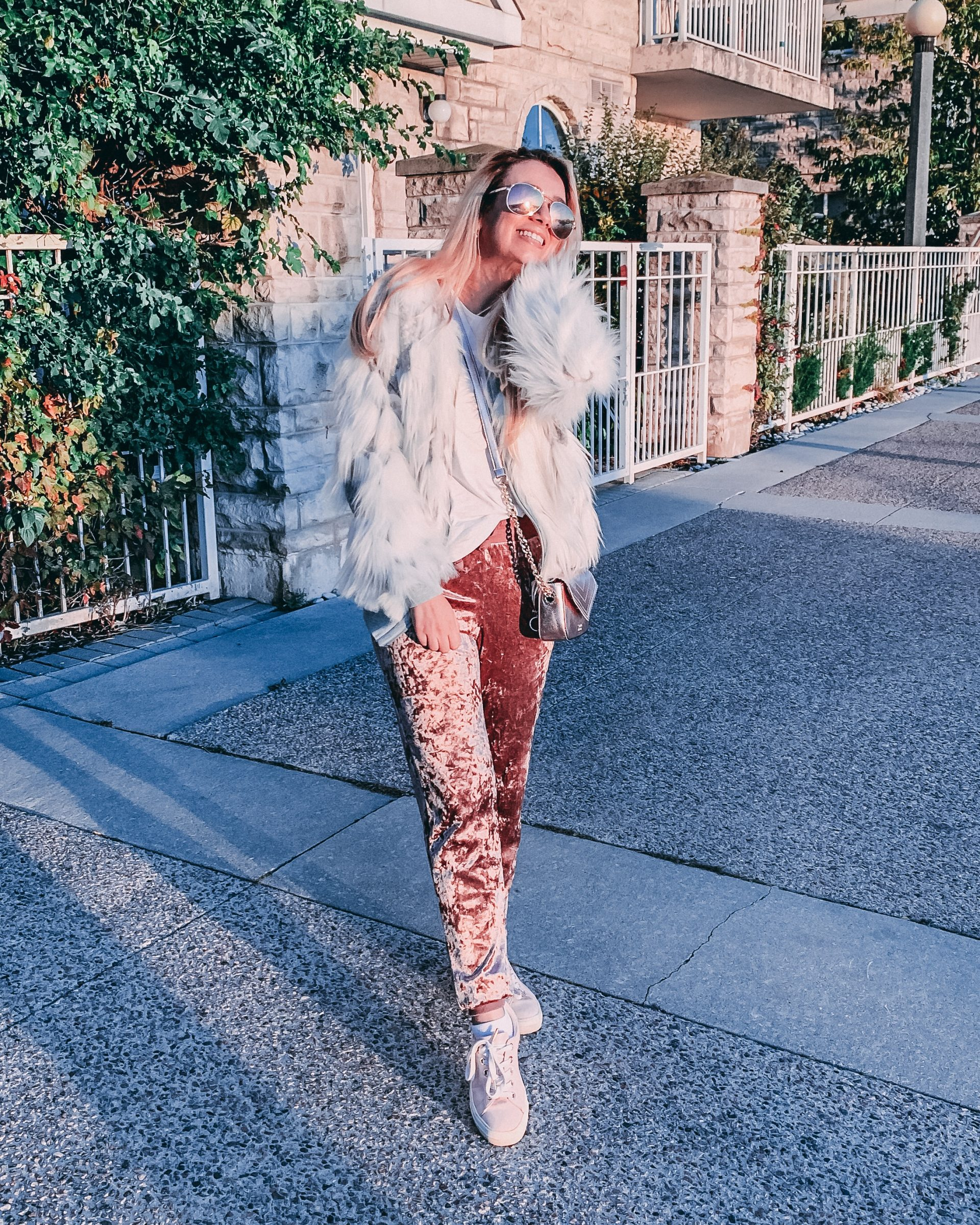 Outfit of the day: casual fur coat + velvet sweatpants